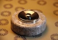 bouton de sonnette marbre gris et chrome